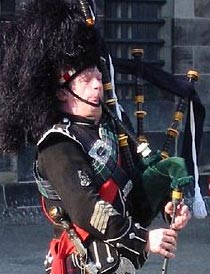 Back Piper of Scotland